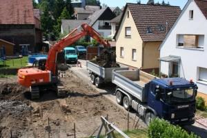 08.07.2013 Hochbetrieb in der Bachstraße
