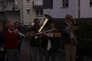 25.10.2013 Der Musikverein Göbrichen unterstützt beim Singen