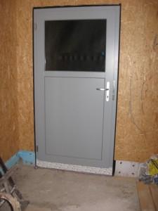 06.02.2014 Die Tür von der Garage in den Garten