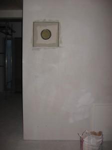 06.02.2014 Der Ofenbauer hat den Ofenrohrzugang vorbereitet