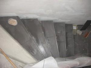 07.03.2014 Die Kellertreppe ist teilweise gefliest